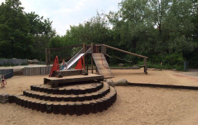 Spielplatz am Kirschbaum
