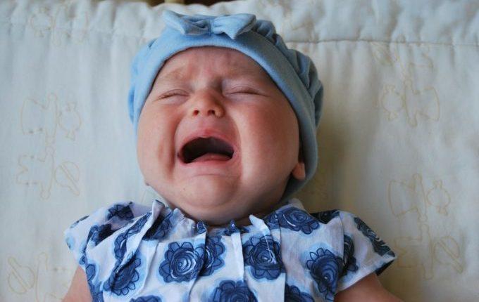 Warum weint mein Baby - Baby weint bitterlich