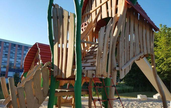 Spielplatz am Baltenring - Klettergerüst