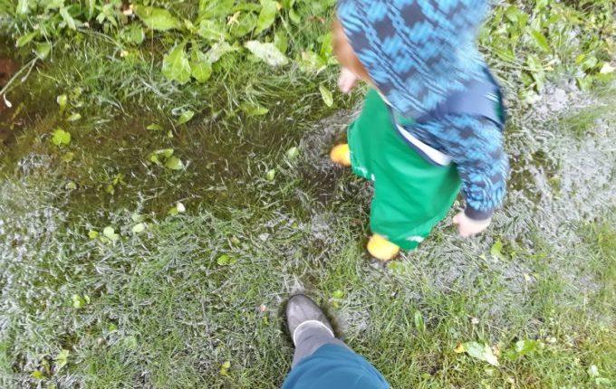 Die Regentipps - Kind und Frau in Regensachen