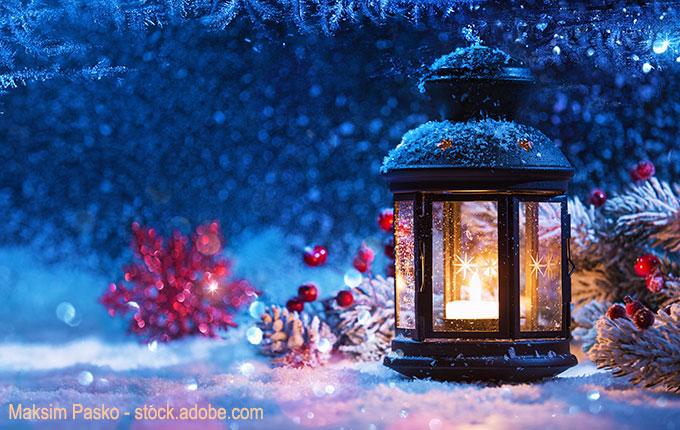 Windlicht im Schnee