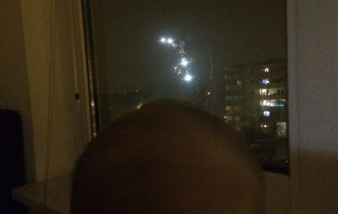 Silvester mit Kindern feiern - Feuerwerk betrachten