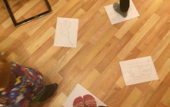 Silvester mit Kindern feiern - Zeitungstanz
