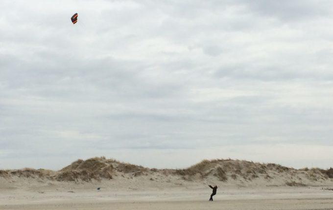 12 von 12 - März 2017 - Drachensteigen am Strand