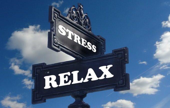 6 Tipps für eine lange, aber entspannte Autofahrt mit Kleinkind - Stress oder Relax