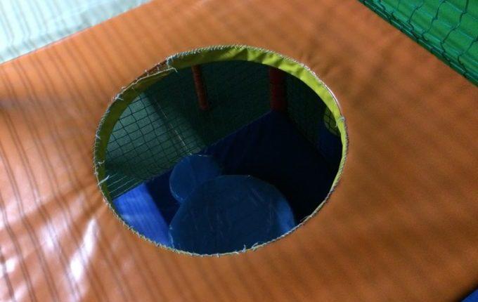 Bim & Boom Kinderspielland - Loch im Boden