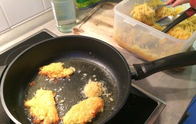 Kartoffelpuffer - in der Pfanne