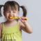 Kind will nicht Zähne putzen – 16 Tipps, die helfen