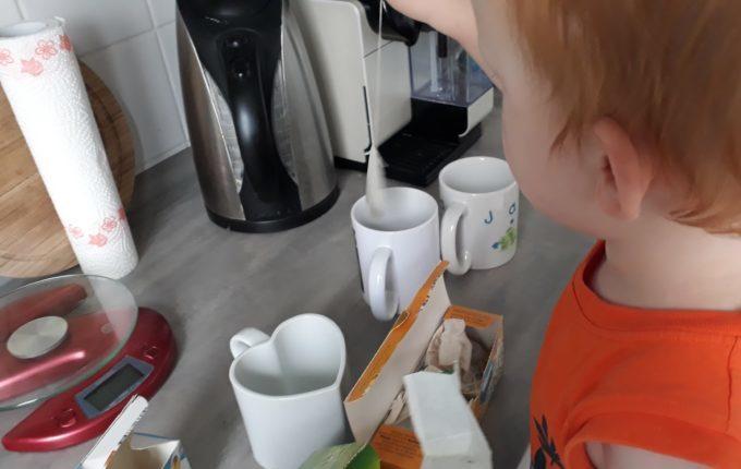 12 von 12 - Juni 2017 - Kind macht Tee