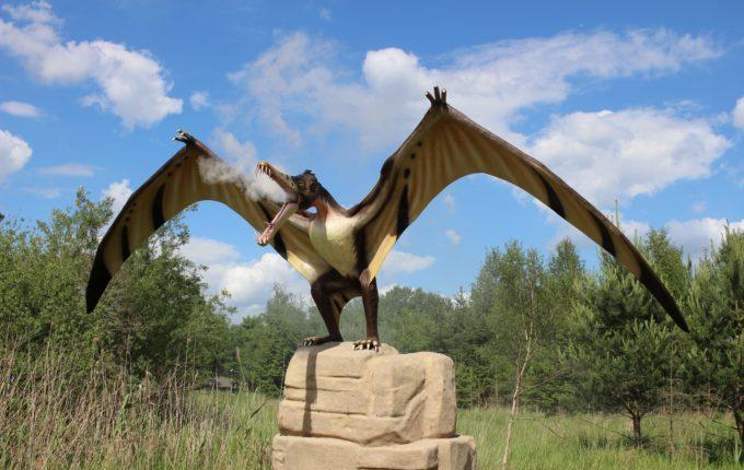 Dinopark Germendorf - Dino raucht aus dem Maul