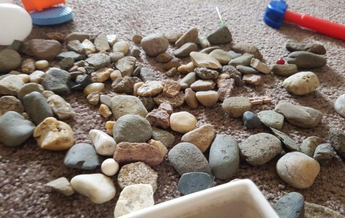 Steine auf dem Boden