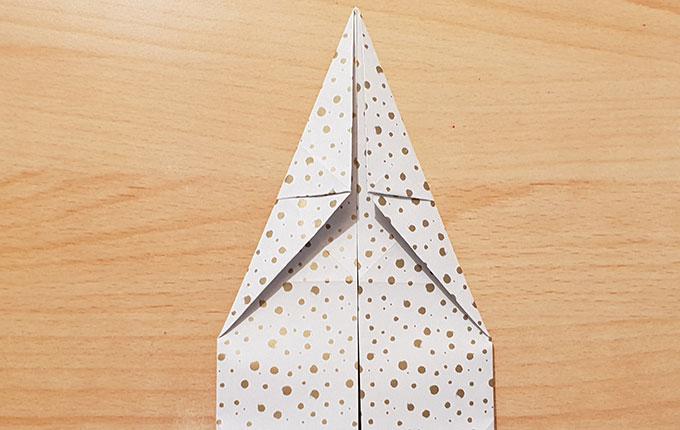 Origami Osterhase mit spitzen Ohren