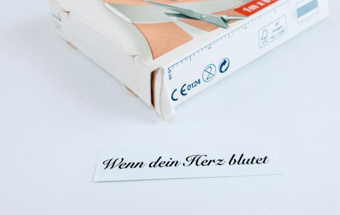 Pflaster - Wenn dein Herz blutet