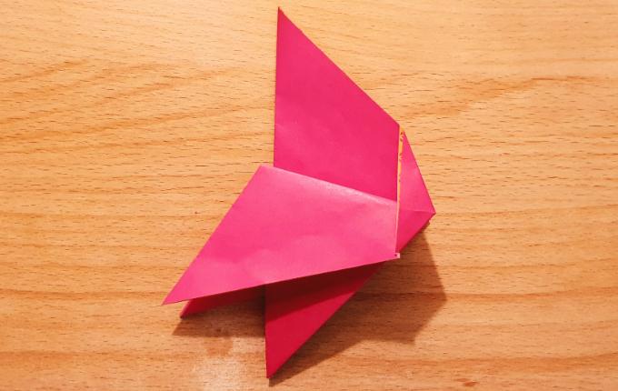 Origami Huhn mit Flügeln