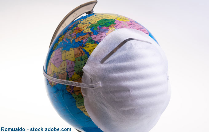 Globus mit Atemschutz